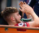 Elliott chấn thương làm lu mờ sự xuất sắc của Liverpool